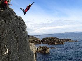 Coasteering & Cliff Jumping